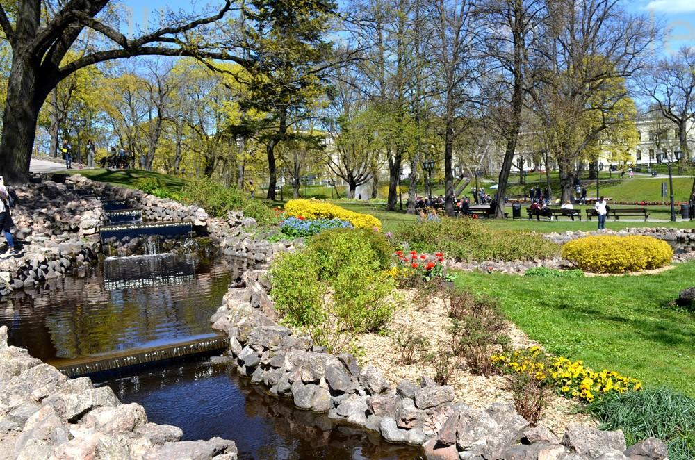 Einer der vielen Parks in Riga.